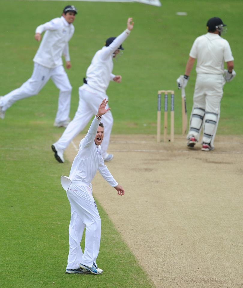 England's Graeme Swann celebrates the wicket of New Zealand's Tim Southee during the Second Investec Test match at Headingley, Leeds.