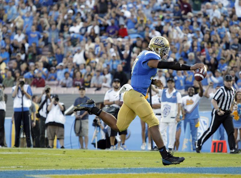 No. 17 UCLA rebounds with 45-23 win over Colorado