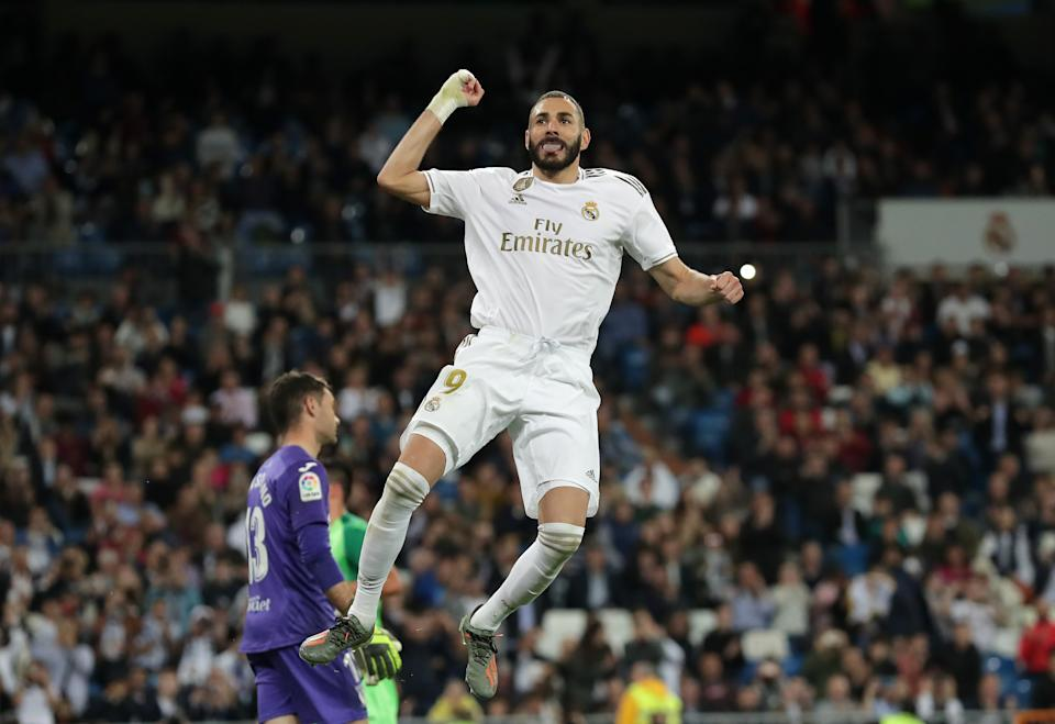 MADRID, SPAIN - OCTOBER 30: Karim Benzema of Real Madrid celebrates scoring his team's fourth goal during the Liga match between Real Madrid CF and CD Leganes at Estadio Santiago Bernabeu on October 30, 2019 in Madrid, Spain. (Photo by Gonzalo Arroyo Moreno/Getty Images)