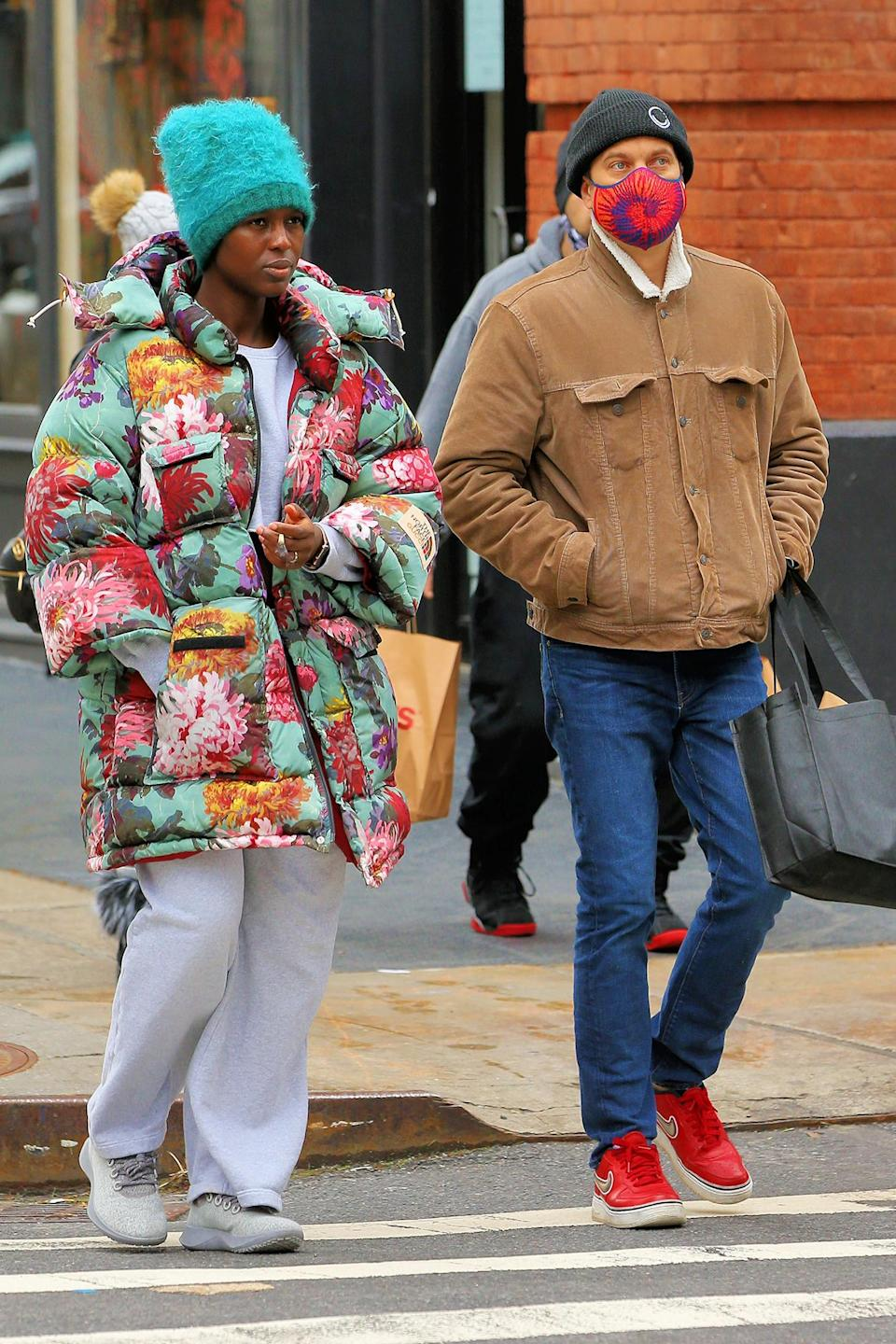 <p>Joshua Jackson and Jodie Turner-Smith were spotted bundling up for an outing in New York City.</p>