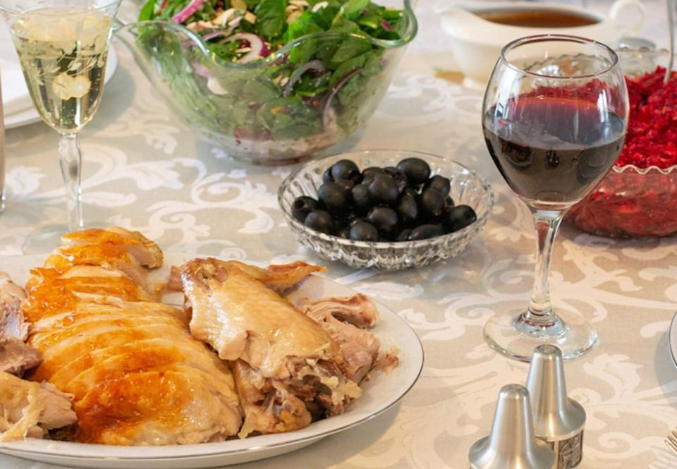 Here's how to safely deep fry your Thanksgiving turkey