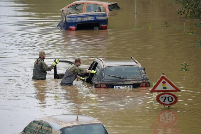 Under Germany's federal system, it is up to the 16 regional states to organise responses to flood alerts and coordinate efforts with the civil protection office and the fire brigade