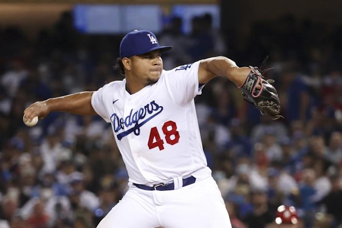 Los Angeles Dodgers relief pitcher Brusdar Graterol delivers a pitch