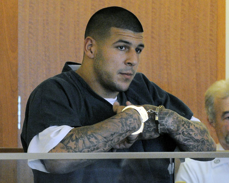 Aaron Hernandez in Gators/Patriots 2014 calendars