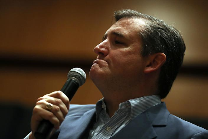 Sen. Ted Cruz, R-Texas, speaks during a Get Out The Vote Bus Tour rally on Saturday in Corpus Christi, Texas. (Photo: Justin Sullivan/Getty Images)