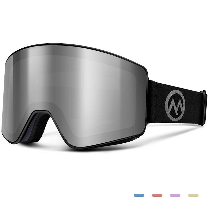 OutdoorMaster Meander Ski Goggles. (Photo: Amazon)