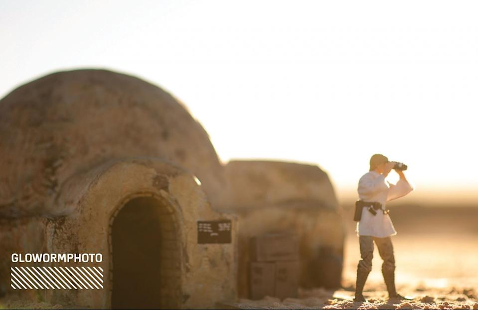 """<p>""""Taken at the Monahan Sandhills in West Texas. We built Luke's Tatooine home and recessed it under the natural sand. We wanted to make something close to what the movie really looked like, so fans could relive those first moments we see Luke and where he comes from."""" (Photo: <a href=""""https://www.instagram.com/glowormphoto/"""" rel=""""nofollow noopener"""" target=""""_blank"""" data-ylk=""""slk:@GloWormPhoto"""" class=""""link rapid-noclick-resp"""">@GloWormPhoto</a>/Hasbro) </p>"""