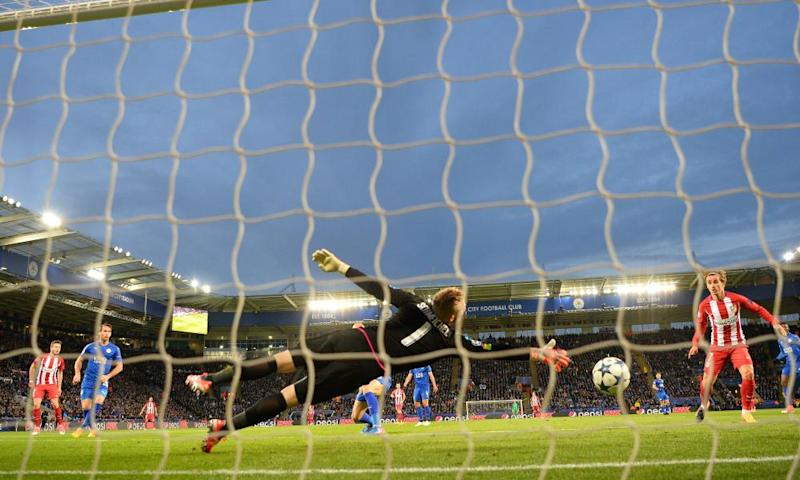 Kasper Schmeichel cannot keep out a brilliantly guided header from Saúl Ñíguez's, far left.