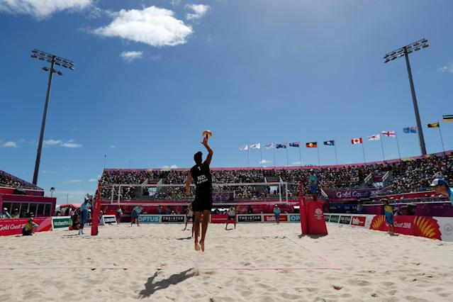 Beach Volleyball - Gold Coast 2018 Commonwealth Games - Men Preliminary - Pool C - New Zealand v Cyprus - Coolangatta Beachfront - Gold Coast, Australia - April 6, 2018. Ben O'Dea of New Zealand serves the ball. REUTERS/Paul Childs TPX IMAGES OF THE DAY