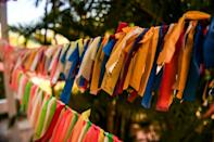 Ribbons hang in the yard at Cathy Tobias' home in Anna Maria Island, Florida -- a memorial to the state's Covid-19 victims
