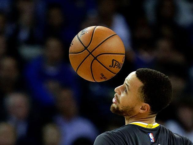 "<a class=""link rapid-noclick-resp"" href=""/nba/players/4612/"" data-ylk=""slk:Stephen Curry"">Stephen Curry</a> does a bit. (Getty)"