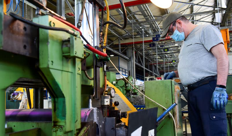 Italy factory activity grows for third month in September - PMI