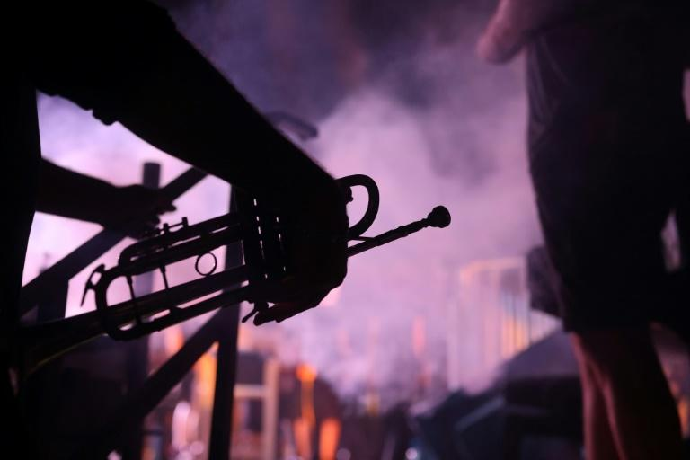 The Jerusalem Jazz Festival opened to a full house, but due to coronavarius restrictions, music was played outside and seats were spaced for social distancing rules