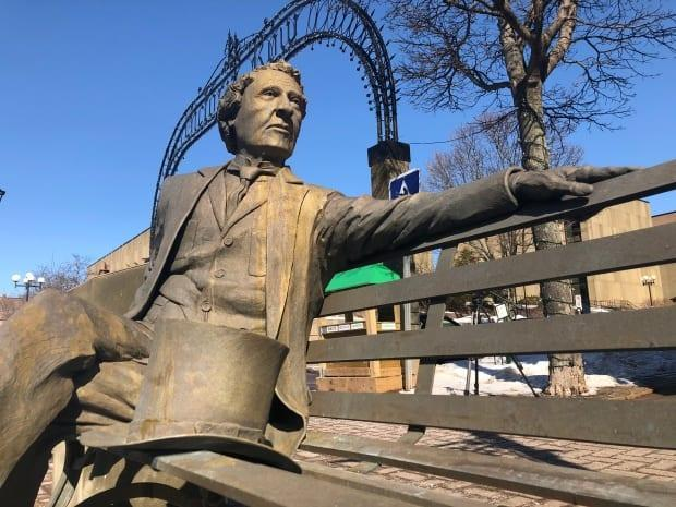 The Sir John A. Macdonald statue will be removed from its prominent location in downtown Charlottetown and put into storage until council decides its next move. (Nicola MacLeod/CBC - image credit)
