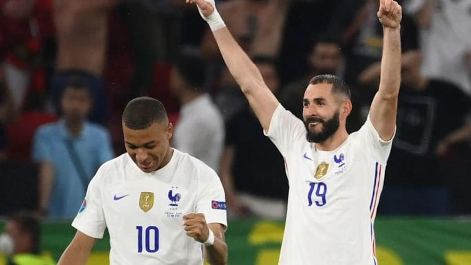 Mbappe y Benzema   Franck Fife - Pool/Getty Images