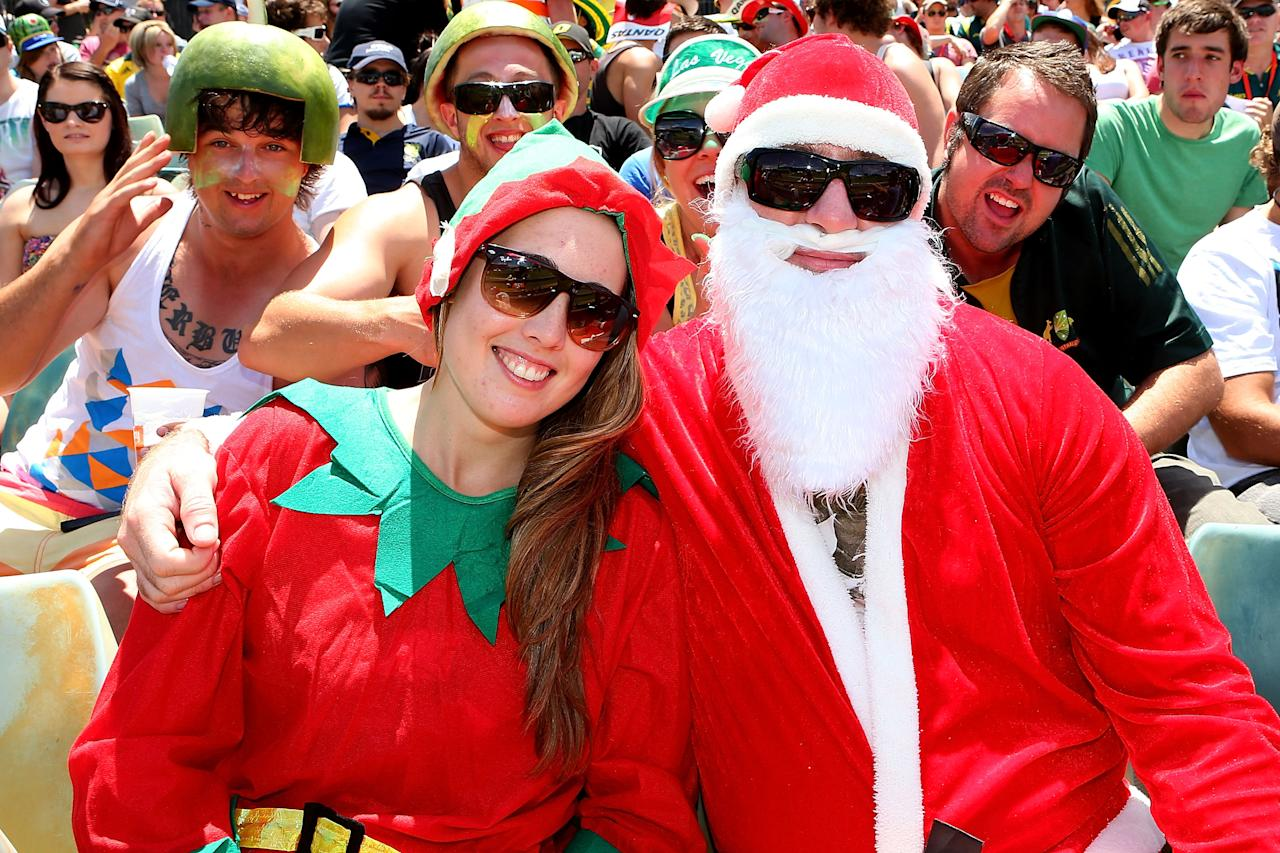 PERTH, AUSTRALIA - DECEMBER 01: Spectators get into the spirit during day two of the Third Test Match between Australia and South Africa at WACA on December 1, 2012 in Perth, Australia.  (Photo by Paul Kane/Getty Images)