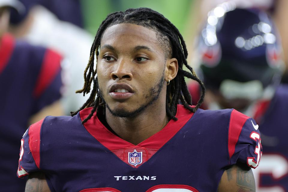 texans-lonnie-johnson-switching-jersey-numbers