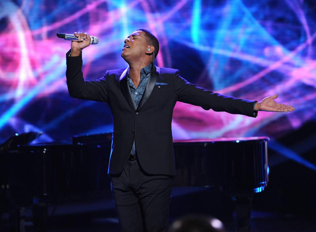 "Joshua Ledet performs ""Imagine"" by John Lennon on ""<a target=""_blank"" href=""http://tv.yahoo.com/american-idol/show/34934"">American Idol</a>."""