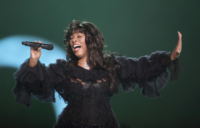 """FILE - This Dec. 11, 2009 file photo shows Donna Summer performing at the Nobel Peace concert in Oslo, Norway. The eclectic group of rockers Rush and Heart, rappers Public Enemy, songwriter Randy Newman, """"Queen of Disco"""" Donna Summer and bluesman Albert King will be inducted into the Rock and Roll Hall of Fame on April 18, 2013 in Los Angeles. (AP Photo/John McConnico, file)"""