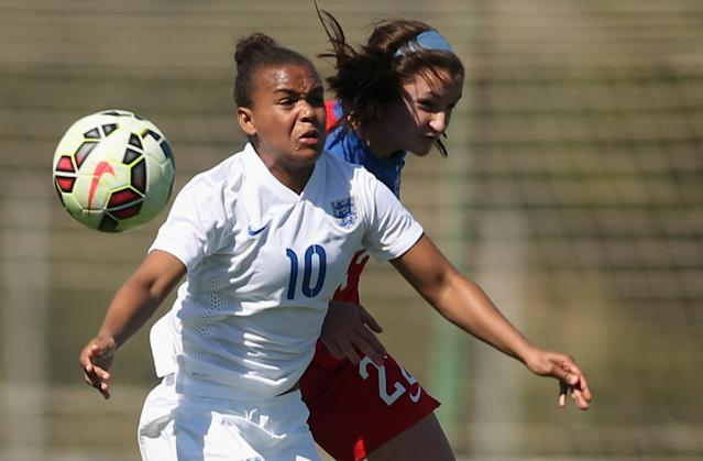LA MANGA, SPAIN - MARCH 04: Kaleigh Riehl (R) of USA and Nikita Parris of England fight for the ball during the women's U23 international friendly match between USA U20 and England U23 on March 4, 2016 in La Manga, Spain. (Photo by Johannes Simon/Bongarts/Getty Images)