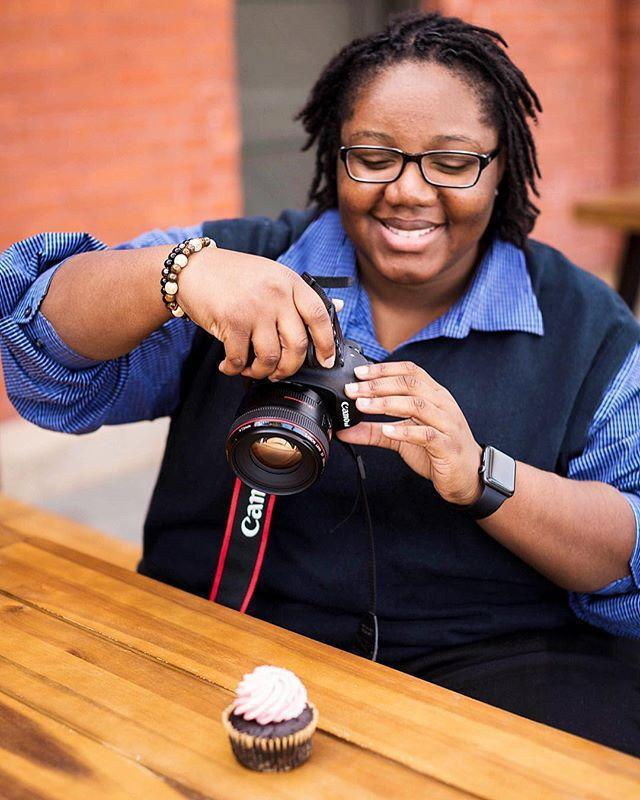 """<p>Quin is a master food photographer that also happens to be an amazing <a href=""""https://www.butterbeready.com/"""" rel=""""nofollow noopener"""" target=""""_blank"""" data-ylk=""""slk:recipe developer"""" class=""""link rapid-noclick-resp"""">recipe developer</a> and writer, so following her is a dream. She posts a ton of delicious recipes (get thee to these <a href=""""https://www.butterbeready.com/best-ever-pecan-pie-bars/"""" rel=""""nofollow noopener"""" target=""""_blank"""" data-ylk=""""slk:pecan pie bars"""" class=""""link rapid-noclick-resp"""">pecan pie bars</a>!) with no """"fussy"""" ingredients.</p><p><a href=""""https://www.instagram.com/p/Bgv9c_tFjqq/"""" rel=""""nofollow noopener"""" target=""""_blank"""" data-ylk=""""slk:See the original post on Instagram"""" class=""""link rapid-noclick-resp"""">See the original post on Instagram</a></p>"""