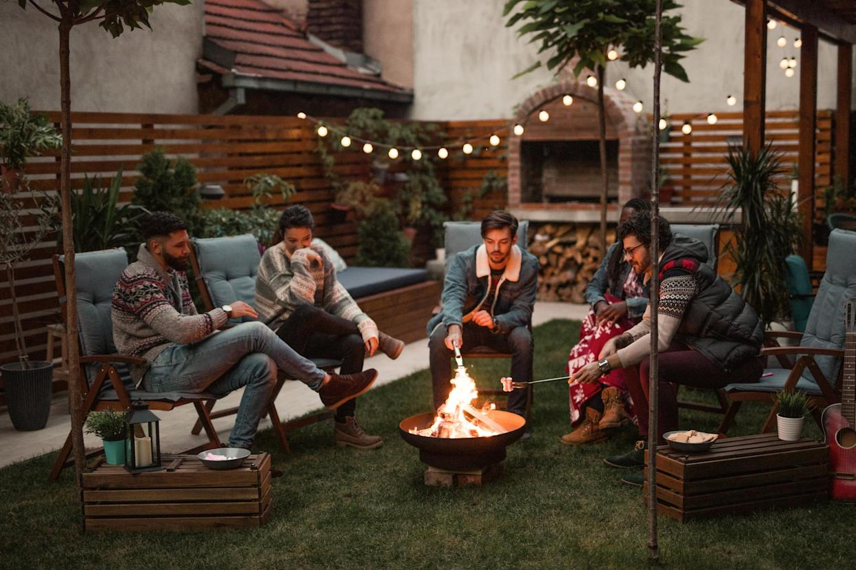 Trendy fire pits and pizza ovens may have raised lockdown fire risks. (Getty Images)