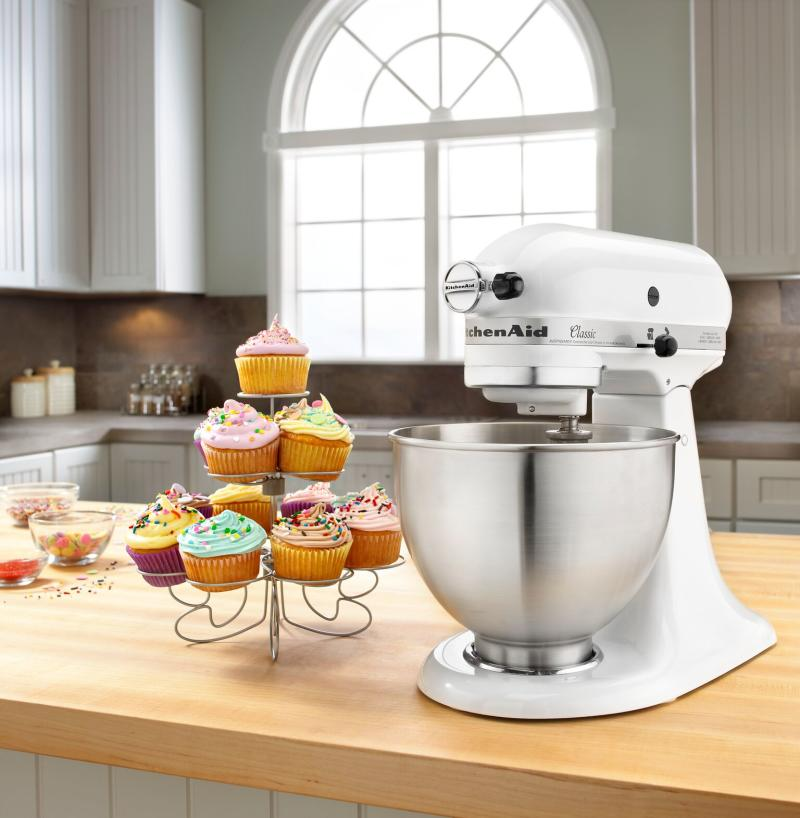 Save $41 on KitchenAid's best stand mixer. (Photo: Walmart)
