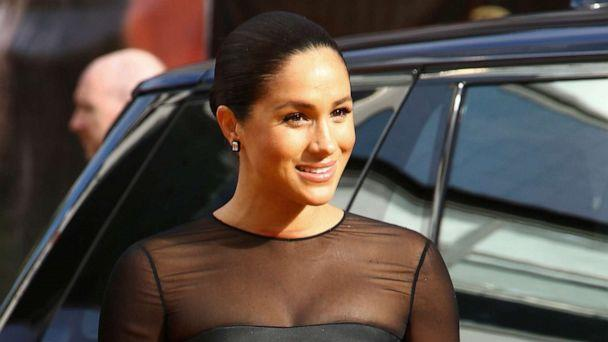 PHOTO: Meghan, Duchess of Sussex, poses for photographers upon arrival at the 'Lion King' European premiere in central London, July 14, 2019. (Joel C Ryan/Invision/AP)