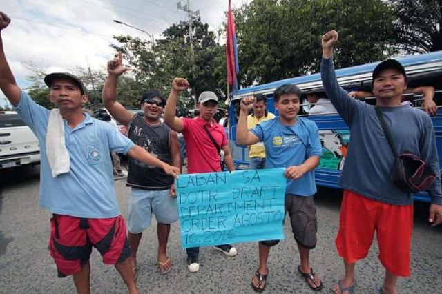 Jeepney drivers against the Modernization Program