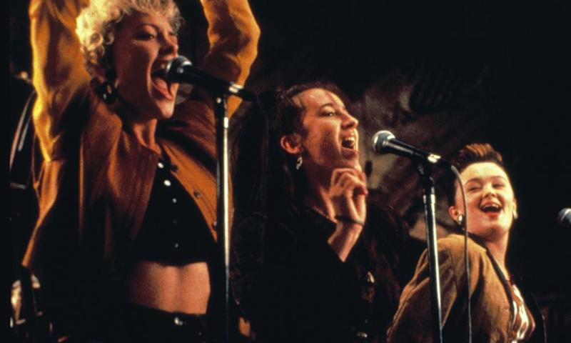 Angeline Ball, Maria Doyle, Bronagh Gallagher in The Commitments.