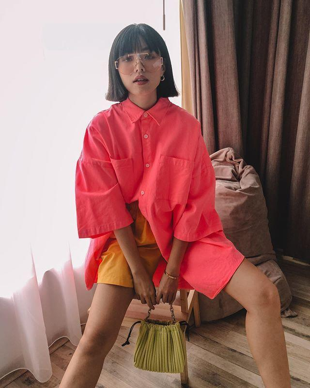 "<p>Scrolling through Olivia's Instagram feed honestly feels like looking at a high-fashion magazine shoot (and I'm pretty intimately acquainted with those, ha). The Indonesian style star makes luxe look completely effortless. Her whole grid's going on my 2021 vision board at this point.</p><p><a href=""https://www.instagram.com/p/CC40KMQFPoB"" rel=""nofollow noopener"" target=""_blank"" data-ylk=""slk:See the original post on Instagram"" class=""link rapid-noclick-resp"">See the original post on Instagram</a></p>"