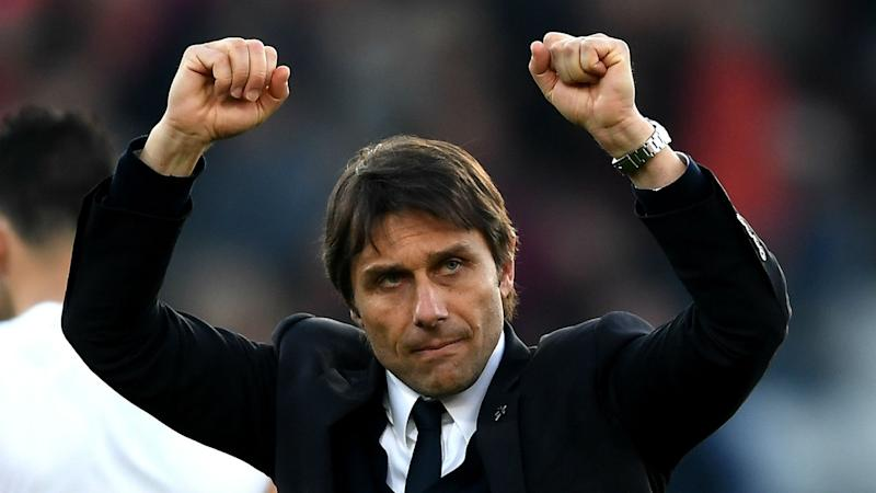 Conte: Everyone at Chelsea will earn a big bonus for a double win