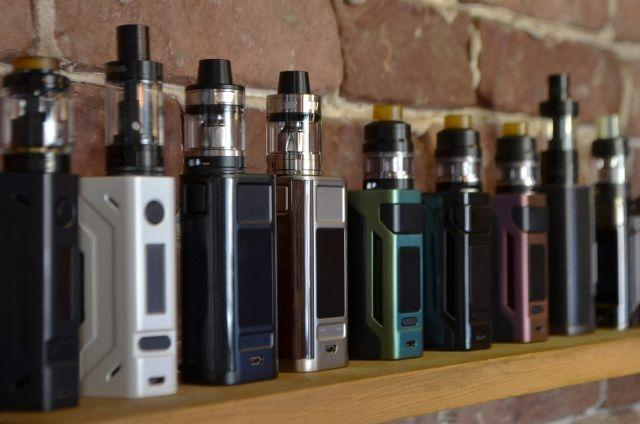 805 cases of lung illness from vaping nationwide; 12 deaths reported — CDC