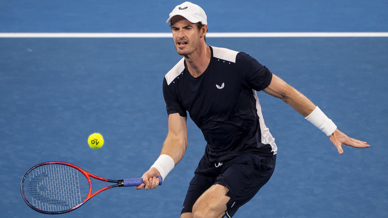 Andy Murray undergoes hip operation