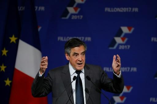 Fillon tipped to win French rightwing primary