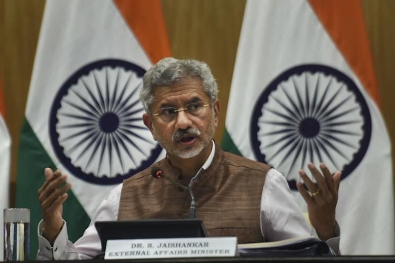 Ramachandra Guha, Jairam Ramesh Tweet Letters as Jaishankar Says Nehru Didn't Want Patel in Cabinet