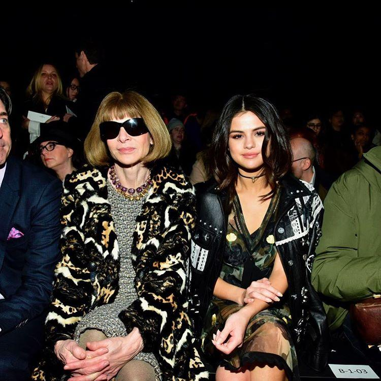 She smirks even better than<strong>Anna Wintour</strong>.