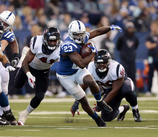 <p>Indianapolis Colts' Frank Gore (23) runs during the first half of an NFL football game against the Houston Texans , Sunday, Dec. 31, 2017, in Indianapolis. (AP Photo/AJ Mast) </p>