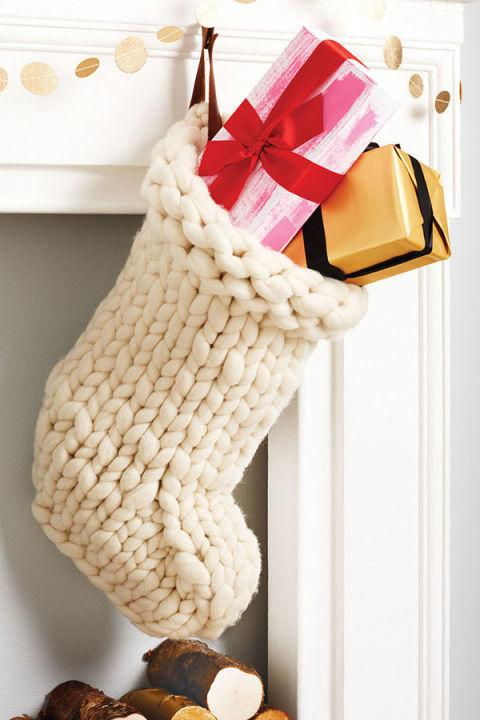 Knitted Christmas Decorations To Buy : These chunky knit holiday decorations will make your