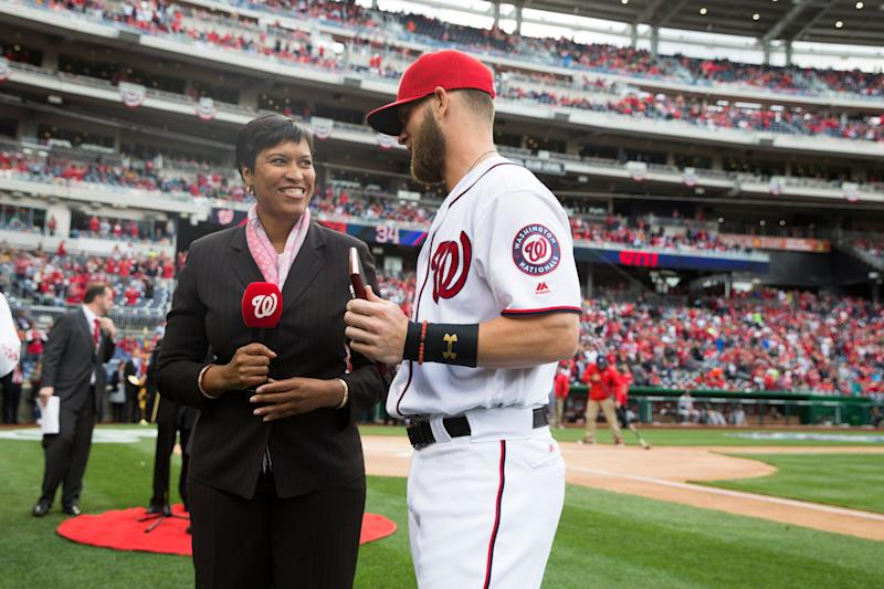 Harper HR highlights return to Washington