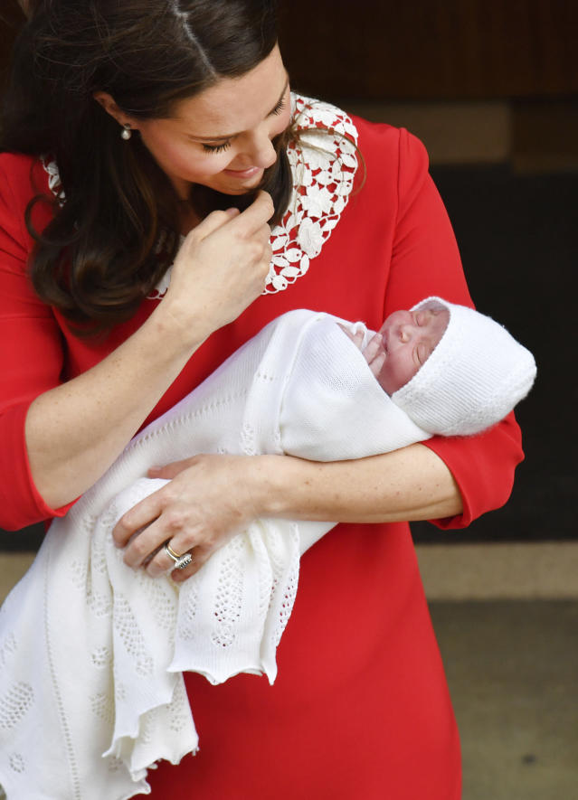 Kate Middleton with her newborn son, who is fifth in line to the British throne. (Photo: John Stillwell/Pool photo via AP)