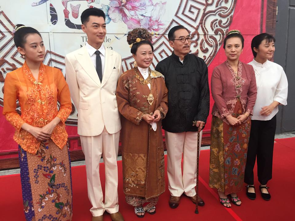 """(From left) Cast of """"The Little Nyonya: New Edition"""", Li Yuanbing, Ji Ning, Xiang Yun, Zhang Liming, Tu Lin and Fang Chengcheng. The remake of Singapore drama series """"The Little Nyonya"""" is being jointly produced by Chinese companies iQiyi and Changxin Pictures, and Singapore company G.H.Y Culture & Media. (PHOTO: Teng Yong Ping/Yahoo Lifestyle Singapore)"""