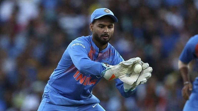 Aakash Chopra picked Rishabh Pant as the No.1 contender to take up MS Dhoni's place