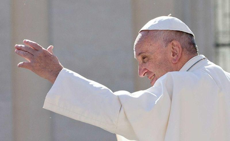 Pope Francis offers prayers for 'Ursula' victims