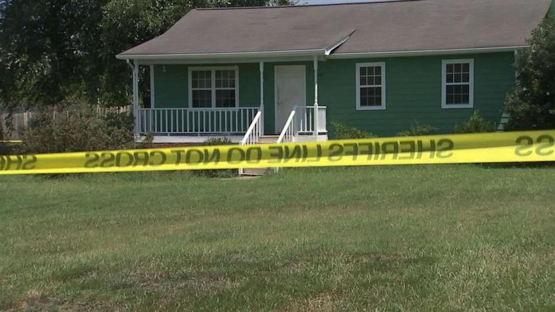 Father walks into North Carolina police station and confesses to murdering his teenage daughter: Police (ABC News)