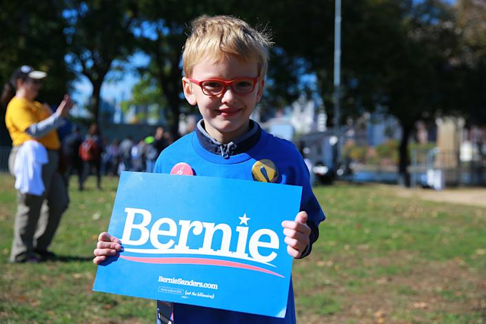 Cole works as a volunteer for Democratic presidential candidate Bernie Sanders as he campaigns at the Bernie's Back Rally in Long Island City, New York on Saturday, Oct. 19, 2019. (Photo: Gordon Donovan/Yahoo News)