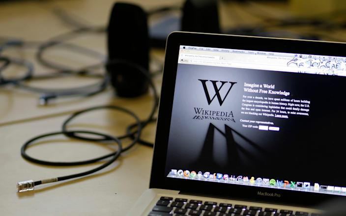 Tens of thousands of Scots Wikipedia articles were written by someone who could not properly write in Scots - AP