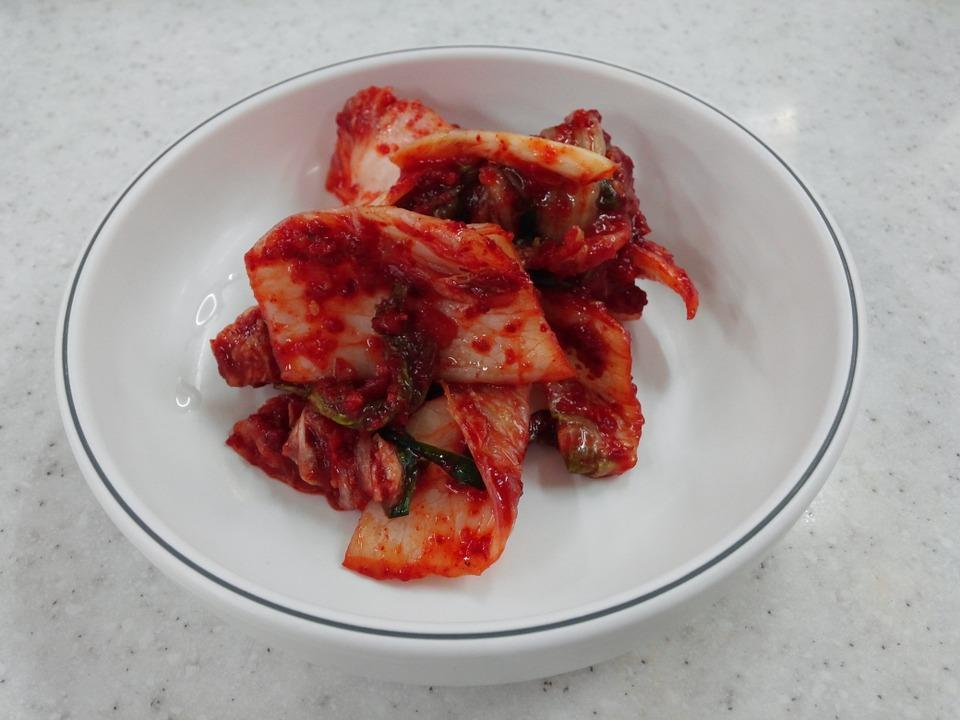 This is for those who love Chinese food. Though there are many versions and variants of kimchi, which are made out of various traditional sauces, we will stick to a simple way of making one. Combine some sesame oil, cabbage cut in cubes, chilli powder, soy sauce, brown sugar, vinegar and salt in a bowl. Mix everything well and transfer in a jar. Refrigerate the jar for about 1-2 hours and serve chilled. Image courtesy- Pixabay