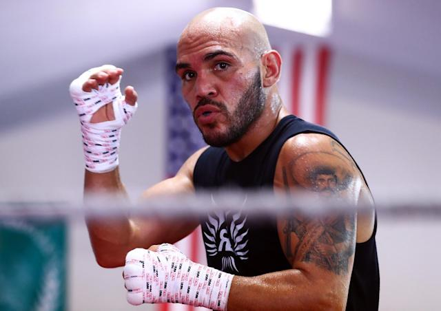 WBO lightweight champion Raymundo Beltran works out prior to his Saturday title defense in Glendale, Arizona, against Jose Pedraza. (Mikey Williams/Top Rank)