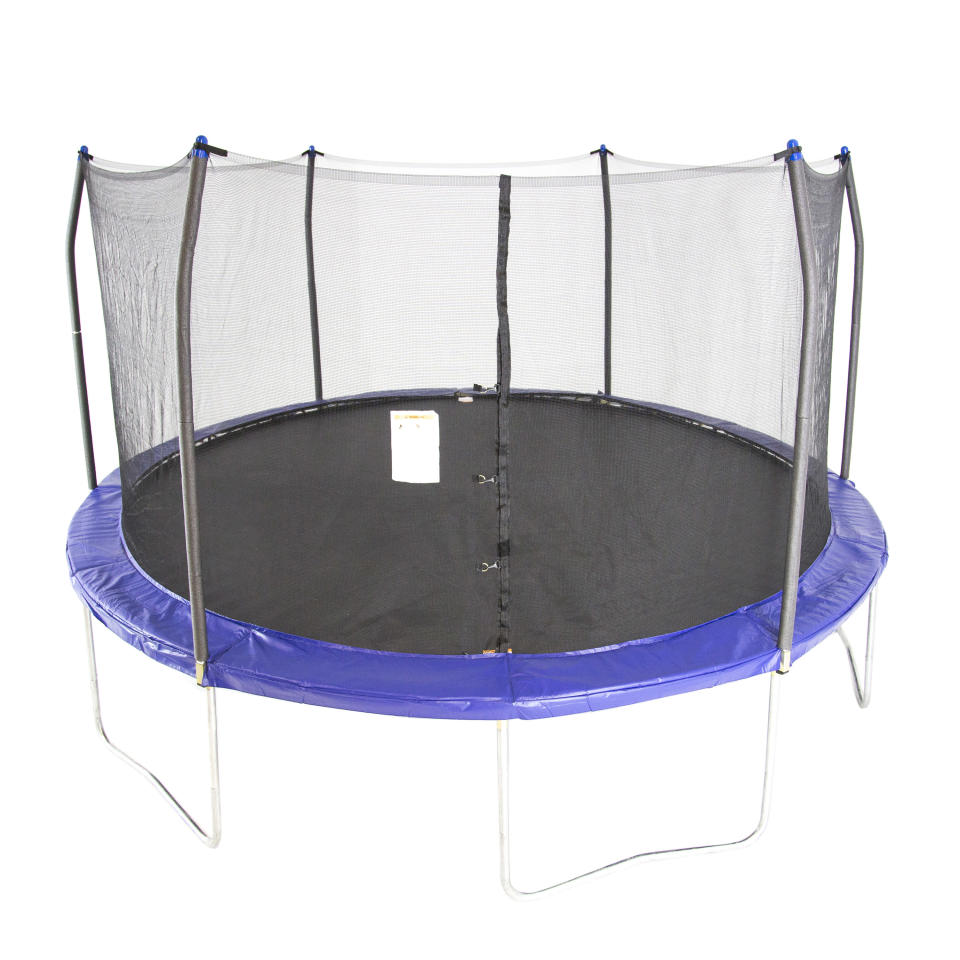 Skywalker Trampolines 15 ft. (Photo: Walmart)